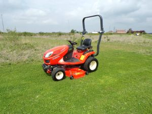 KUBOTA GR2120 RIDE ON MOWER ROTARY DIESEL 4X4 for sale