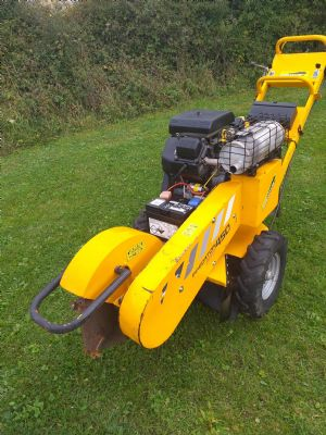 Predator 450 Stump Grinder   for sale