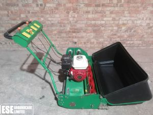 Dennis G860 Cylinder Mower (B) for sale