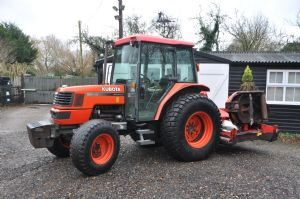 2002 Kubota M5700 4WD Tractor with Trimax S2 Rotary Mower for sale