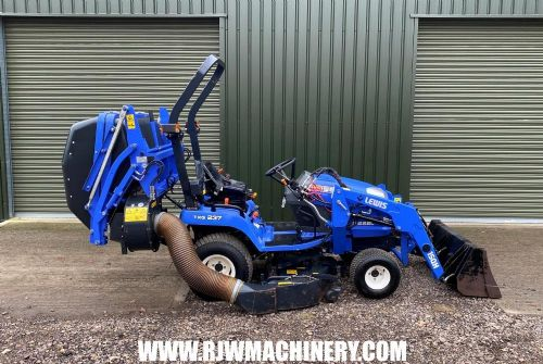 Iseki TXG237 compact tractor, 2014 - 487 hrs, 23hp for sale