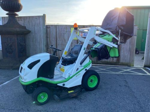 Etesia Buffalo 100 BVHP Ride-on mower c/w high lift collector for sale