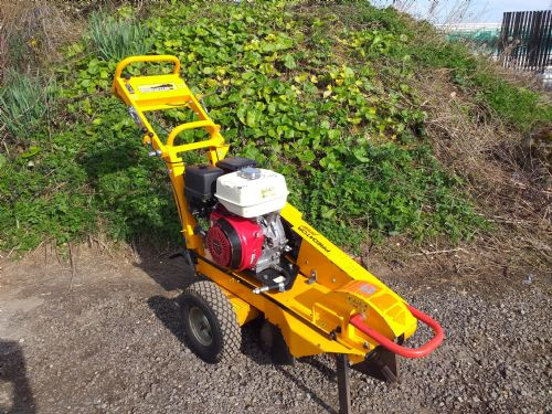 Predator 360 Stump Grinder c/w Turntable for sale